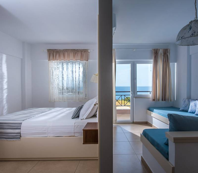 IRIDA Apartment Sea View
